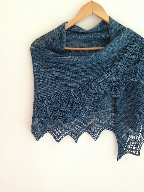 Diamonds for Lisa by Little Church Knits (Lt fingering - Zen Yarn Garden Serenity Silk +)