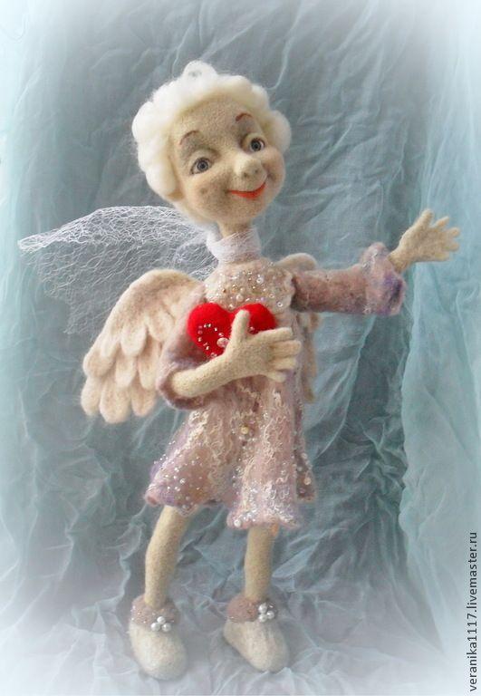 """Купить Кукла из шерсти """"Ангел"""" - ангел-хранитель, ангел с сердцем, интерьерная кукла, кукла в подарок"""