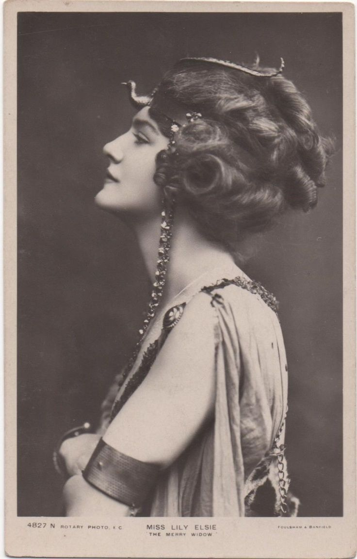 Postcard Actresses Lily Elsie The Merry Widow | eBay