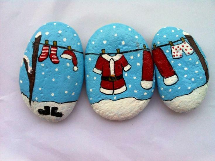 weihnachtliche steine bemalen weihnachtsmann bekleidung  #weihnachtsdeko #ideen #christmas #ideas