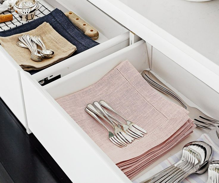 Whether you're catering for casual or formal dining, a cutlery set is an investment worth considering.