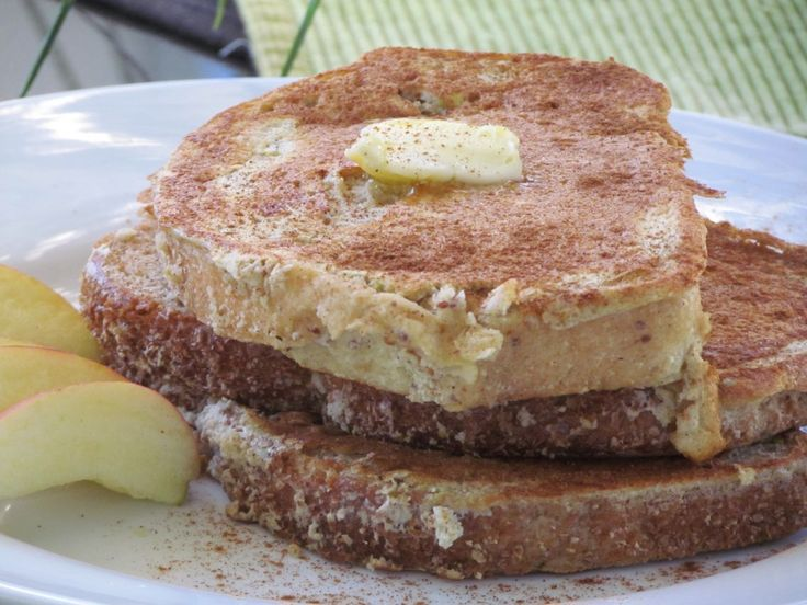 Apple Cinnamon French Toast - Thriving Home