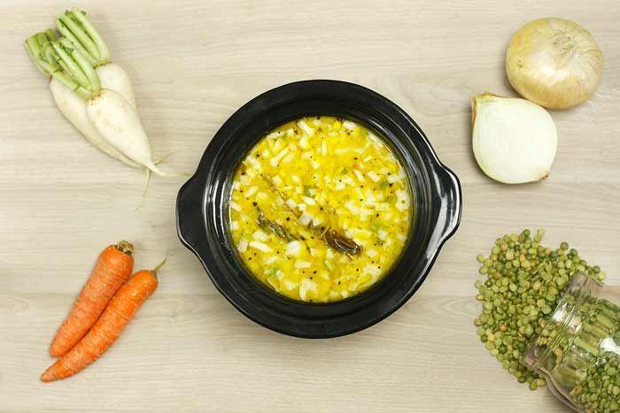 Crockpotting   Sopa de guisantes partidos en Crock Pot   http://www.crockpotting.es #crockpot #crockpotting #slowcooker #recipe #recetas
