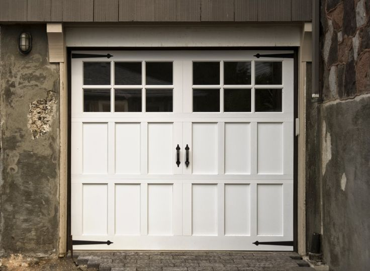 Best 25 carriage garage doors ideas on pinterest for Real carriage hardware