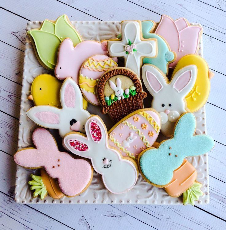 Easter cookies by Tricia @ The Cookie Loft Girls.