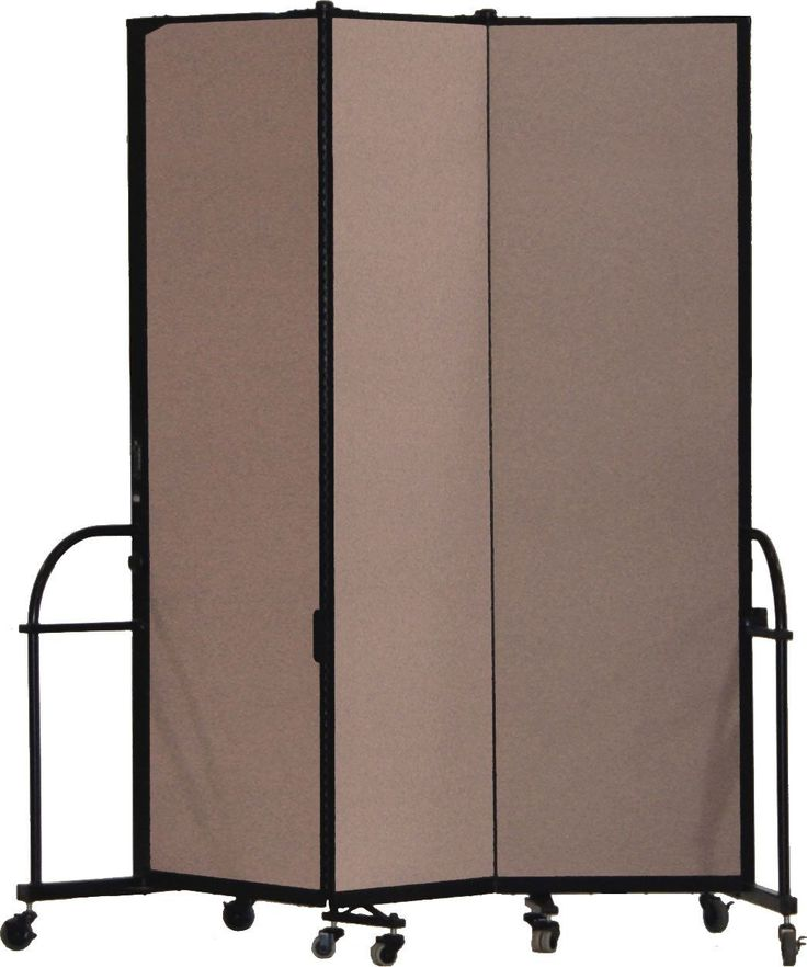 25 best ideas about portable room dividers on pinterest portable photo studio movable - Movable room divider ideas ...