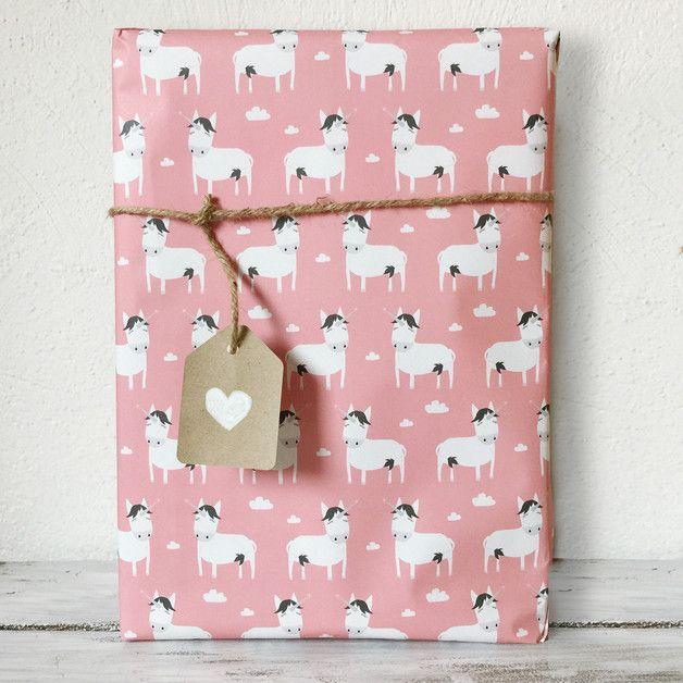 Emballage cadeaux licorne, on adore !! Sur DaWanda.com <3 #unicorne #licorne #diy