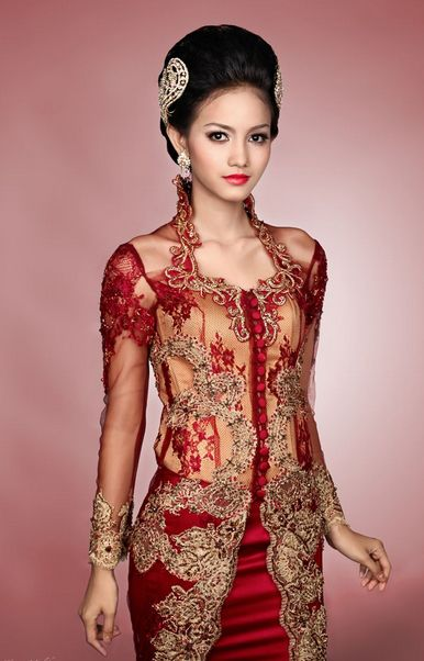 Fashionable kebaya