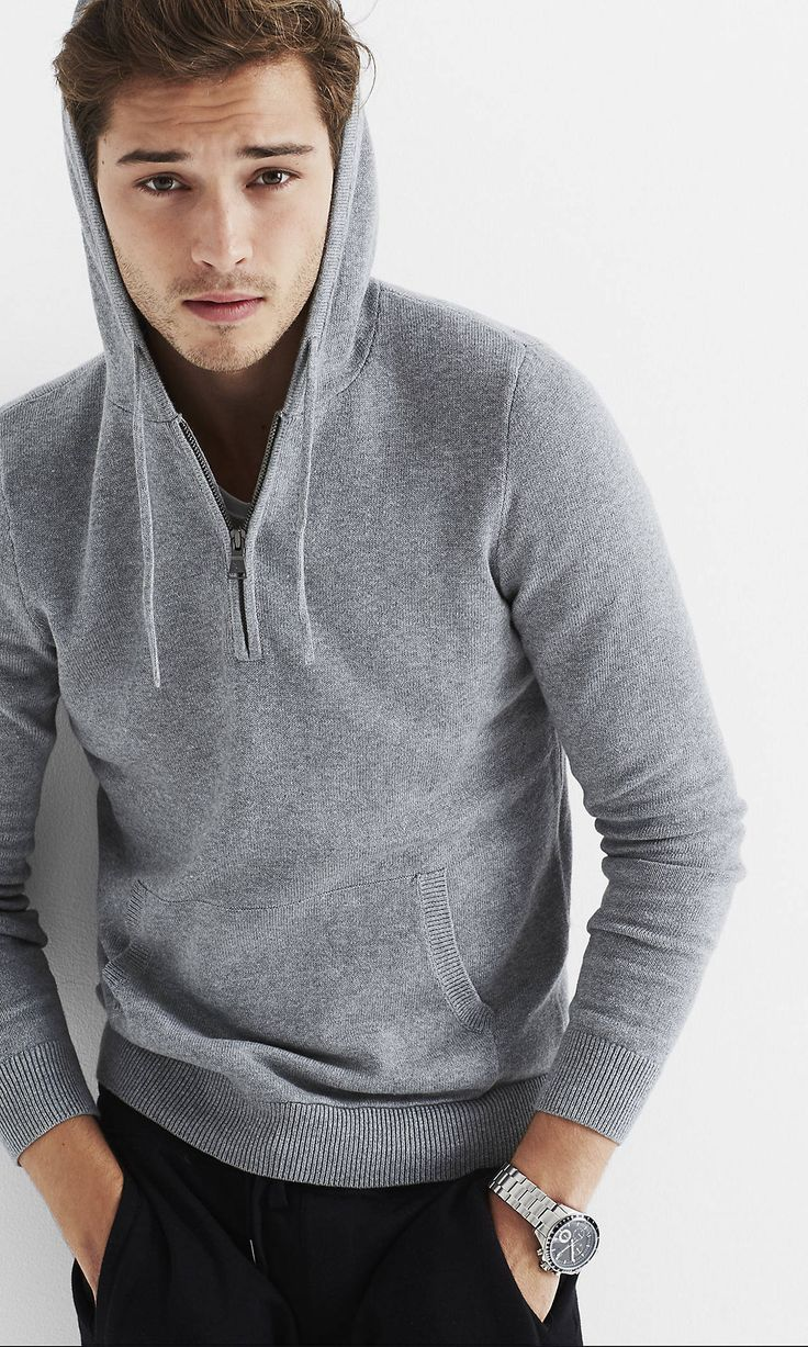 men's hoodies This season, beat the chill with men's hoodies. Choose from a variety of styles like pullovers, zip hoodies and sweaters in a wide range of materials engineered to keep you comfortable, including Dri-FIT and Tech Fleece.