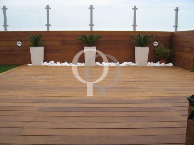 Combina la madera para exterior con jardineras y ridos - Jardineras de madera para exterior ...