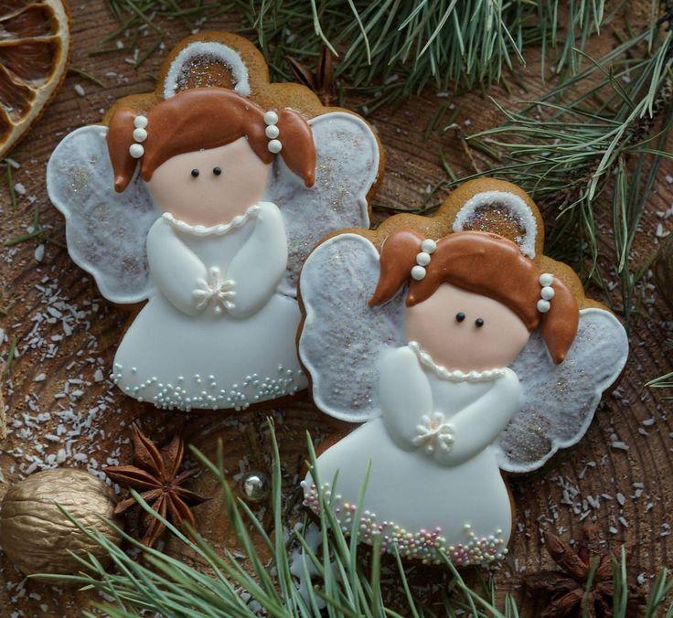 #пряникимагнитогорск #пряничноенастроение #медовыепряники Такие вот снежные Девочки- Ангелочки получились...и в перспективе еще одни побольше размером)) Ох когда же всё успеть))