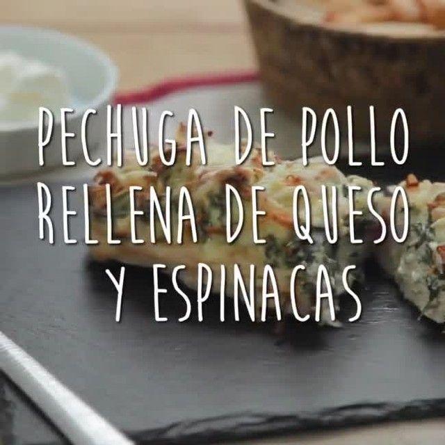 #Pollo relleno de #queso y #espinacas. Conquistará a los más peques en tus comidas de Nochevieja o Año nuevo. ¿Te animas a probarlo?  Ingredientes: 1 pechuga de pollo grande, 50 gr. espinacas frescas, 1 diente de ajo pequeño, 2 cdas. queso crema, sal y pimienta, queso rallado para gratinar y #aceite Sumum #LaMasía.  Elaboración: ➡ Cortamos la pechuga de pollo en rodajas de 1 cm. de grosor, sin llegar a la base. Salpimentamos bien por todas partes. ➡ En una sartén con Aceite Sumum La Masía…