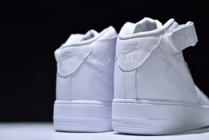 Nike Air Force 1 High Classic White Air Force hundred percent reduction of the new company details of the new batch of goods to improve the original shoes no difference in the original distribution channels 13 #converse #shoes