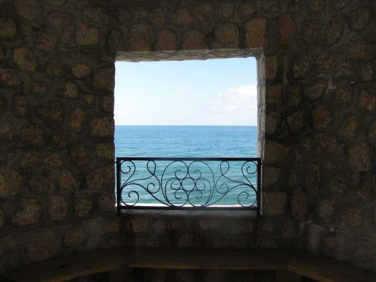 Ocean View - Cayman Islands Photo by: Danielle Yaghdjian