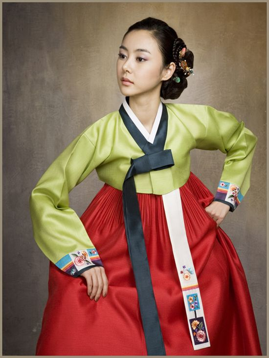 Red and green hanbok i like to think iko got her curvy escort droid