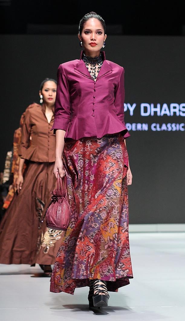 IFW 2013 # 177 Poppy Dharsono – Indonesia Modern Classic Archipelago