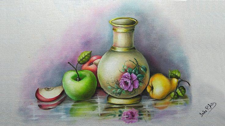 Jarro com frutas e chão espelhado - Part 1