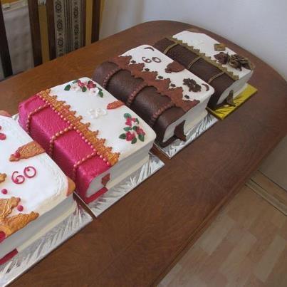 Book cake,