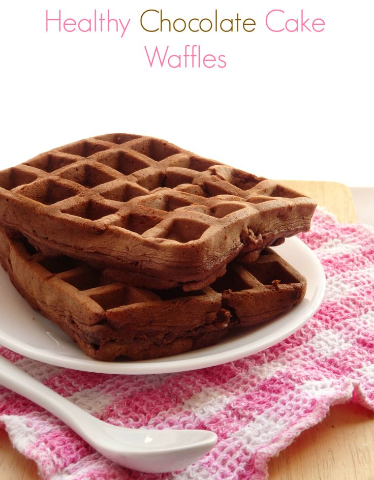 In only 10 minutes you can have a healthy breakfast recipe on the table that tastes good enough for dessert! Get the #recipe here: http://pinkrecipebox.com/healthy-chocolate-cake-waffles/