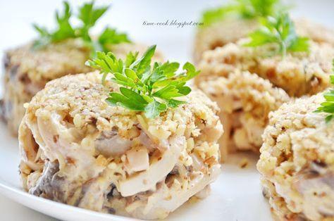 Салат из кальмаров, шампиньонов и грецких орехов