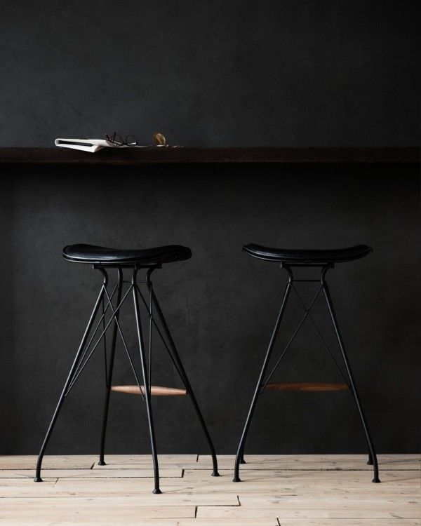 Overgaard_Dyrman_Wire_Bar_Stool_MatBlackSteel_BlackEleganceLeather1 #black #design #interiors