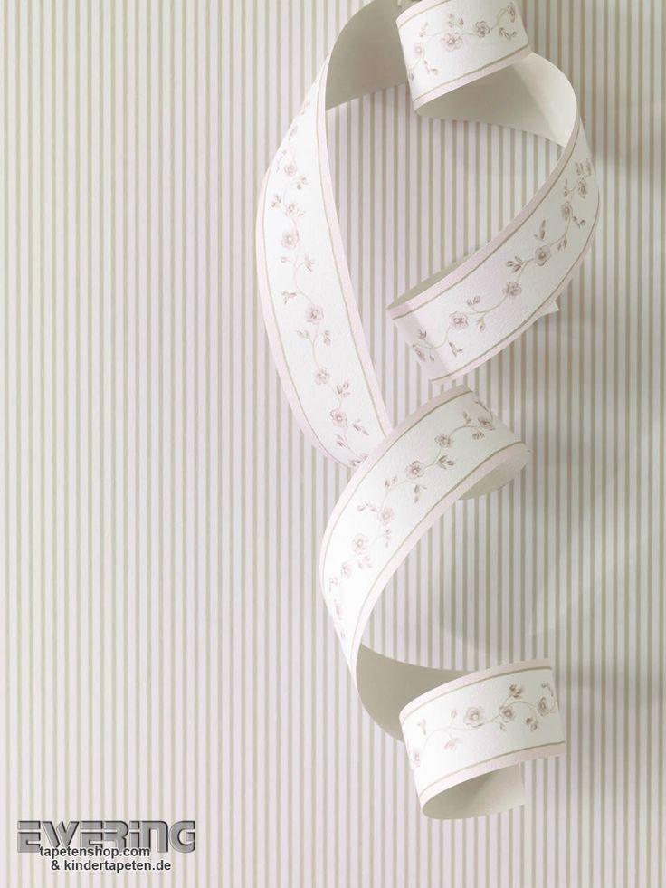 Rasch Textil Petite Fleur 3 08 Dünne Streifen in taupe werden von einer niedlichen Borte verziert.