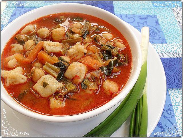 Ispanaklı mantı çorbası