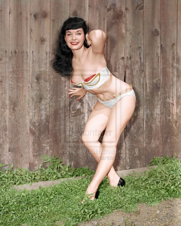 Bettie Page Colorized 029 -*louiseb35 and *littlemickey on deviantART