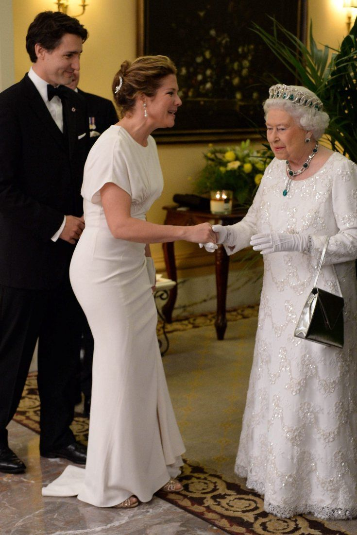 Sophie Grégoire-Trudeau Is The Picture Of Elegance To Meet The Queen