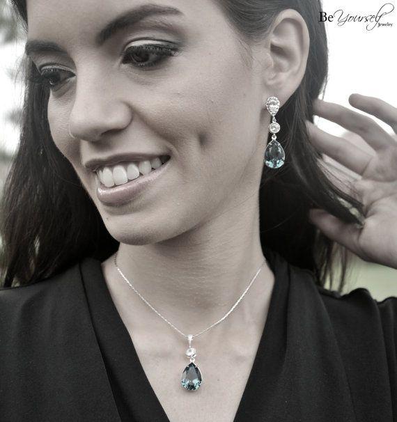 Mer de boucles d'oreilles mariée Teal bleu par BeYourselfJewelry