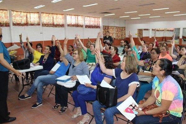 Reciben capacitación coordinadores del DIF Municipal en liderazgo comunitario | El Puntero
