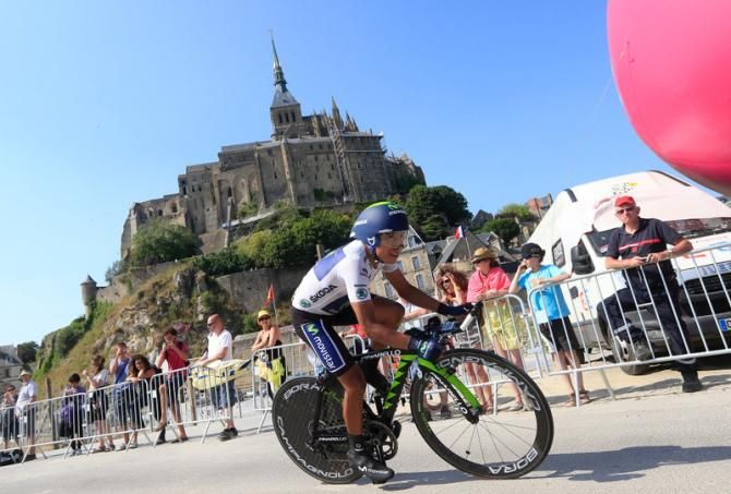 "2013 10/7 rit 11 Mont Saint-Michel > Nairo Alexander Quintana Rojas 54 ste op 3'28"". He lost his lead in the young rider classification after an 'off' day"