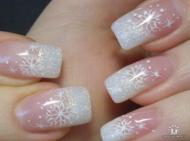 Snowflake nail designs