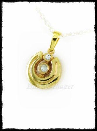 Arany köves kerek patkó medál