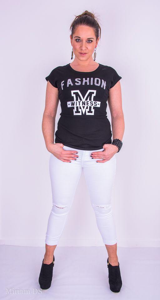 T-Shirt Fashion M zwart met witte broek