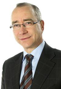 """Ylen julkaisujohtaja Ismo Silvo pohtii, vaarantaako osallistaminen riippumattomuuden: """"Luulen, että verorahoituksen aikakausi alkaa vaatia yhä useammin Yleltä osapuolisuutta: pelastakaa suomalaista kulttuuria, tuokaa meille takaisin historiamme, antakaa vähemmistöille heidän äänensä!"""""""