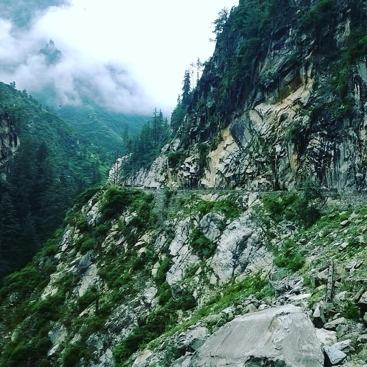 Road to Malana goes in a very narrow valley, completely is not alive. There are many stones falling on this way and road in very bad condition. #Himalayatrip #Himalaya #Manali #Rudra_holidays #Rudraholidays #tracking #manalitrip #instatraveling #Indiatravel #Himalayatravel #indiatravel #himachalpradesh #himachal_pradesh #indiatravelling #Manali #Kullu #himalayan #himalayas #buddhist #buddhisttemple #manalitrip #hotel #holiday #holidays #trip #familyholiday #trips #Manikaran #fun #instatri...