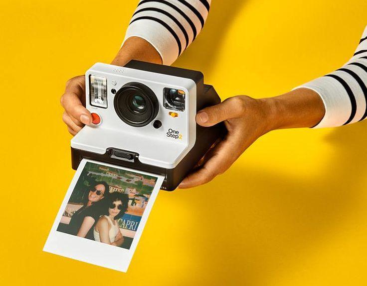 Polaroid One Step 2: grande ritorno delle fotografie istantanee https://www.sapereweb.it/polaroid-one-step-2-grande-ritorno-delle-fotografie-istantanee/        Gli anni passano ma la fotografia istantanea sembra non perdere mai il suo fascino, tant'è che Instagram – almeno inizialmente – sembrava essere l'erede 2.0 delle celebri polaroid amate da Andy Warhol. Polaroid One Step 2: la celebre istantanea è pronta a tornare Ad anni di distanza,...