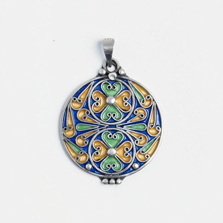 A ieșit soarele!!  #metaphora #morocco #silverjewellery #silverjewelry #pendant  #enamel