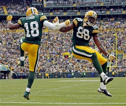 Green Bay Packers Team Photos - ESPN Cobb & Finley doin a little celebration dance. <3 when they do this.