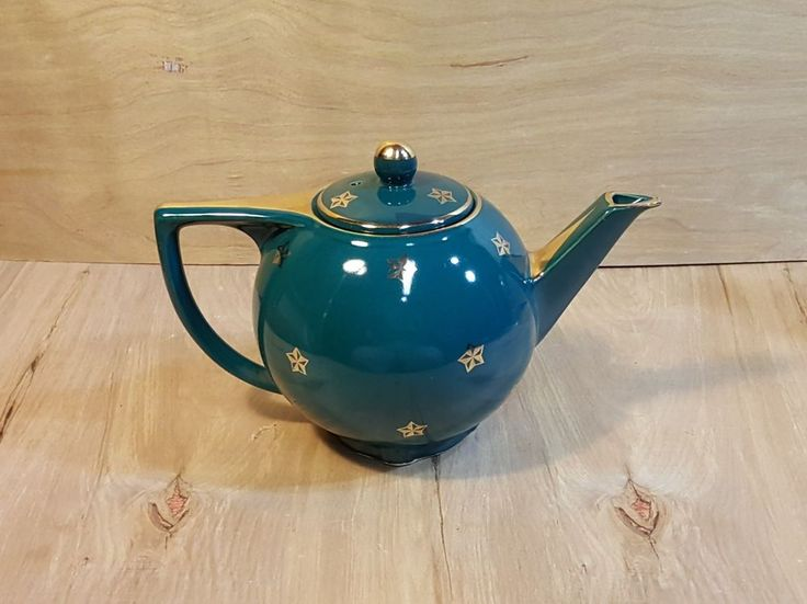 Vintage HALL POTTERY TEAPOT ~ Teal Green w/ Gold Stars And Trim ~ # 0740 6-Cup #HALL #pottery  #ArtDeco #teapot #teal #gold