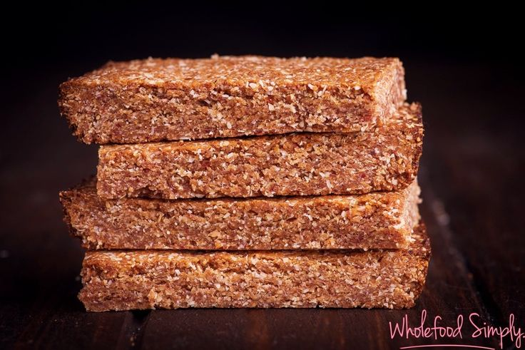 Chewy Caramel Bars.  Quick, simple and delicious!  Free from dairy, eggs and refined sugar.  Enjoy!
