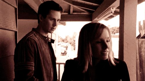 The History of Veronica Mars and Logan Echolls' Epic Relationship in GIFs - Beyond the Tube - Zimbio