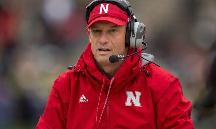 It's Mike Riley's time to sparkle in Nebraska pressure cooker = Mike Riley's team may have bought into what he's selling. It's clear that he's making in-roads showing the nation's top recruits what he has in store. However, fans of the Nebraska Cornhuskers are tougher to.....