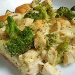 Chicken broccoli alfredo bubble up so good and just wwfreestyle points recipe is on my blog wwwdrizzlemeskinnycom wwcanada weightwatchers bubbleup casserole smartpoints