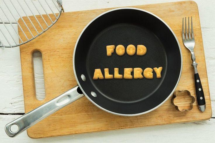 Если вас беспокоит пищевая аллергия, но у вас нет времени на лечение, попробуйте очистить организм с помощью элиминационной диеты. Такая диета при аллергии заключается в том, что из рациона исключают все продукты, содержащие аллергены. То есть это програм