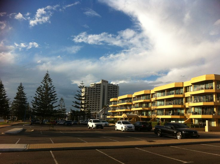 Scarborough Beach, Rendezvous Hotel Perth Western Australia @pcpaulieg