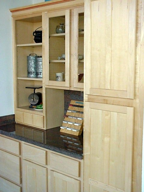 kitchens with wood cabinets 39 best quartz countertops images on 6657