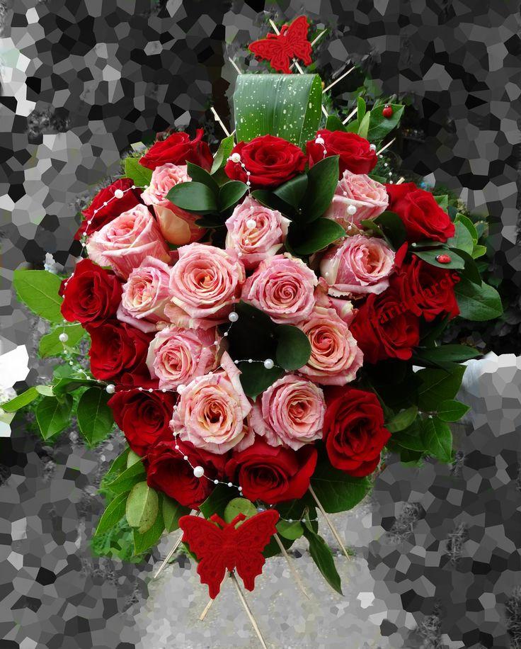 BUCHET INIMA -25 trandafiri -Bd. Nicolae Iorga, nr.51, Valenii de Munte <PRAHOVA> tel. 0722268525