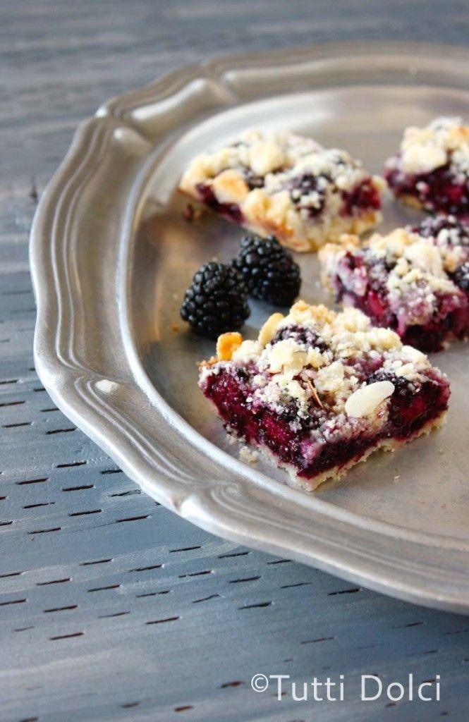 blackberries in a crumb bar? oh yes!